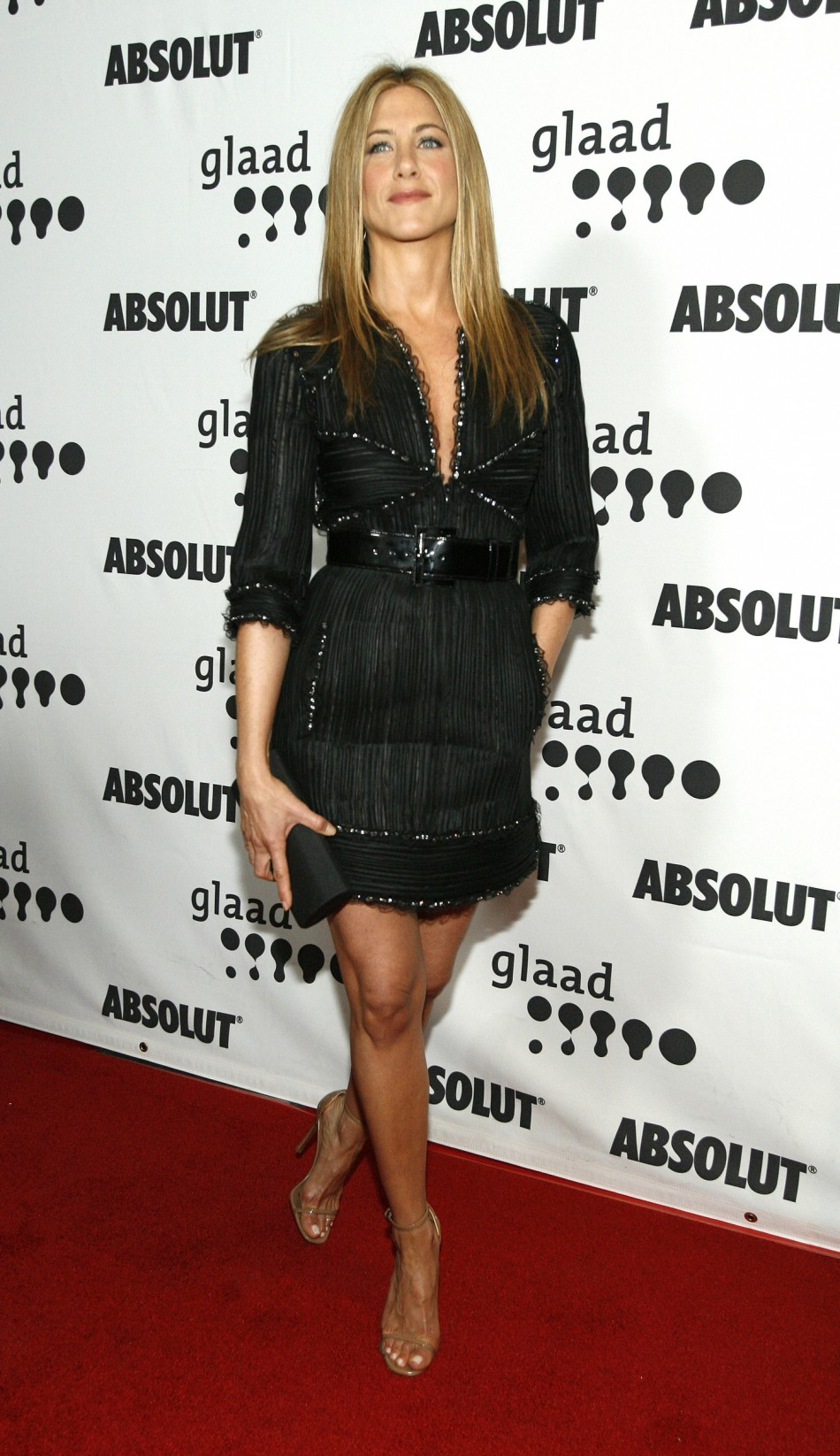 Actress Jennifer Aniston arrives at the 18th annual GLAAD Media Awards