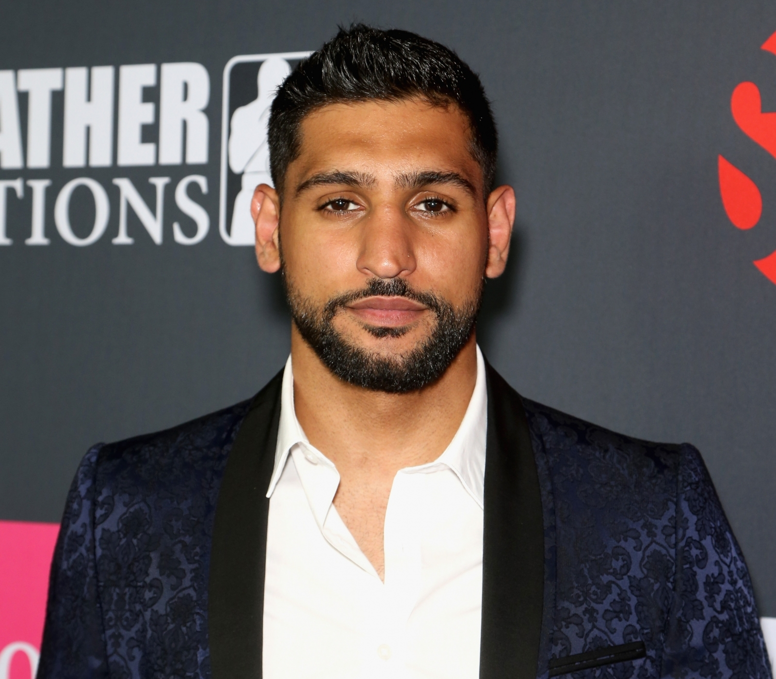 Amir Khan Ends Bitter Family Feud Despite His Father