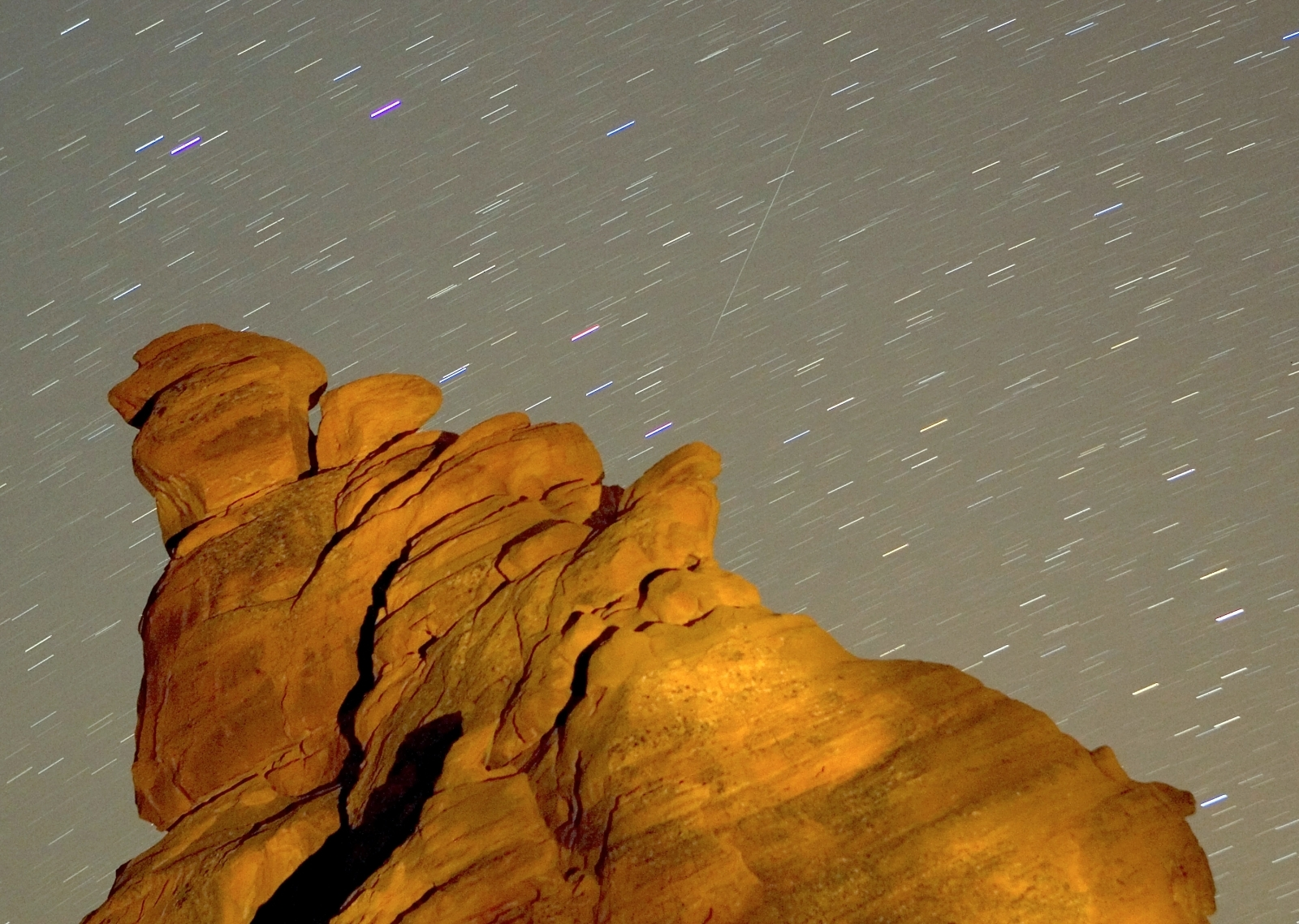 Skywatchers can enjoy a dazzling meteor shower this week