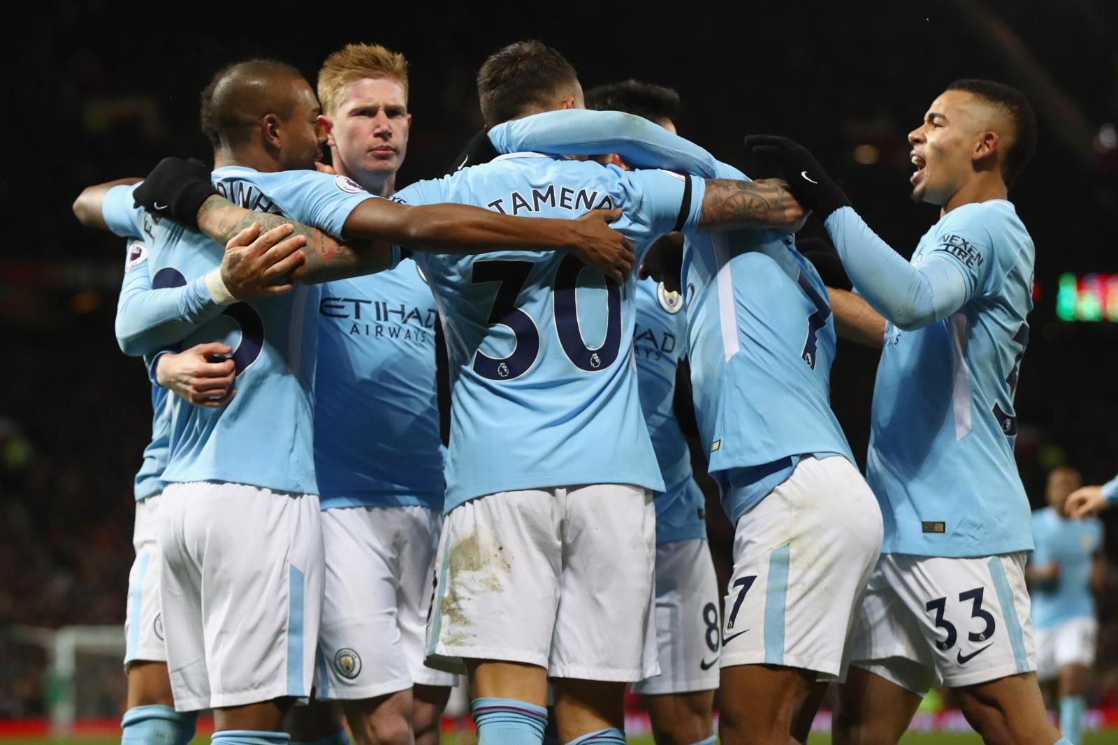 Manchester City: Manchester United 1-2 Manchester City: Otamendi And Silva