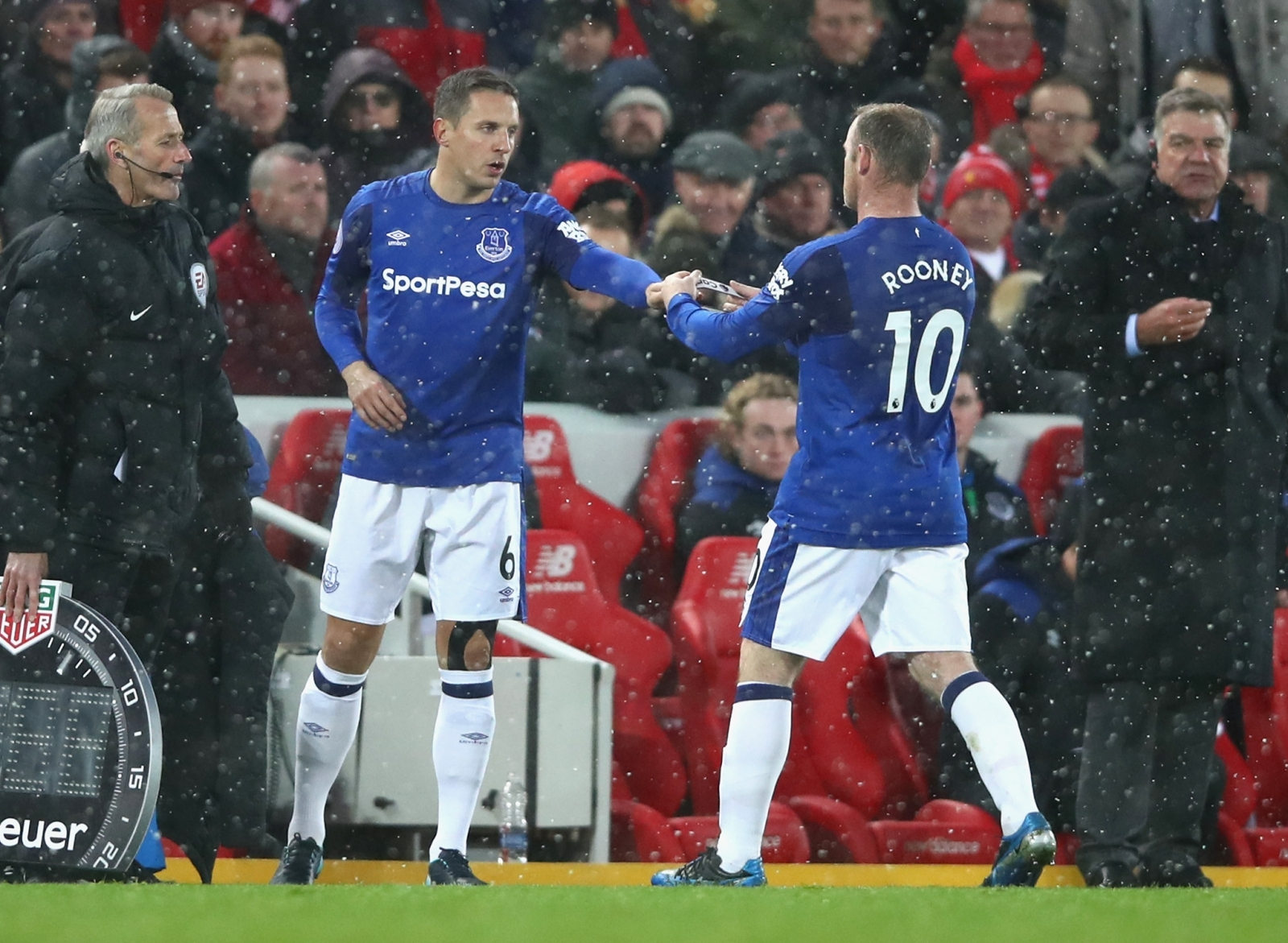 Phil Jagielka and Wayne Rooney