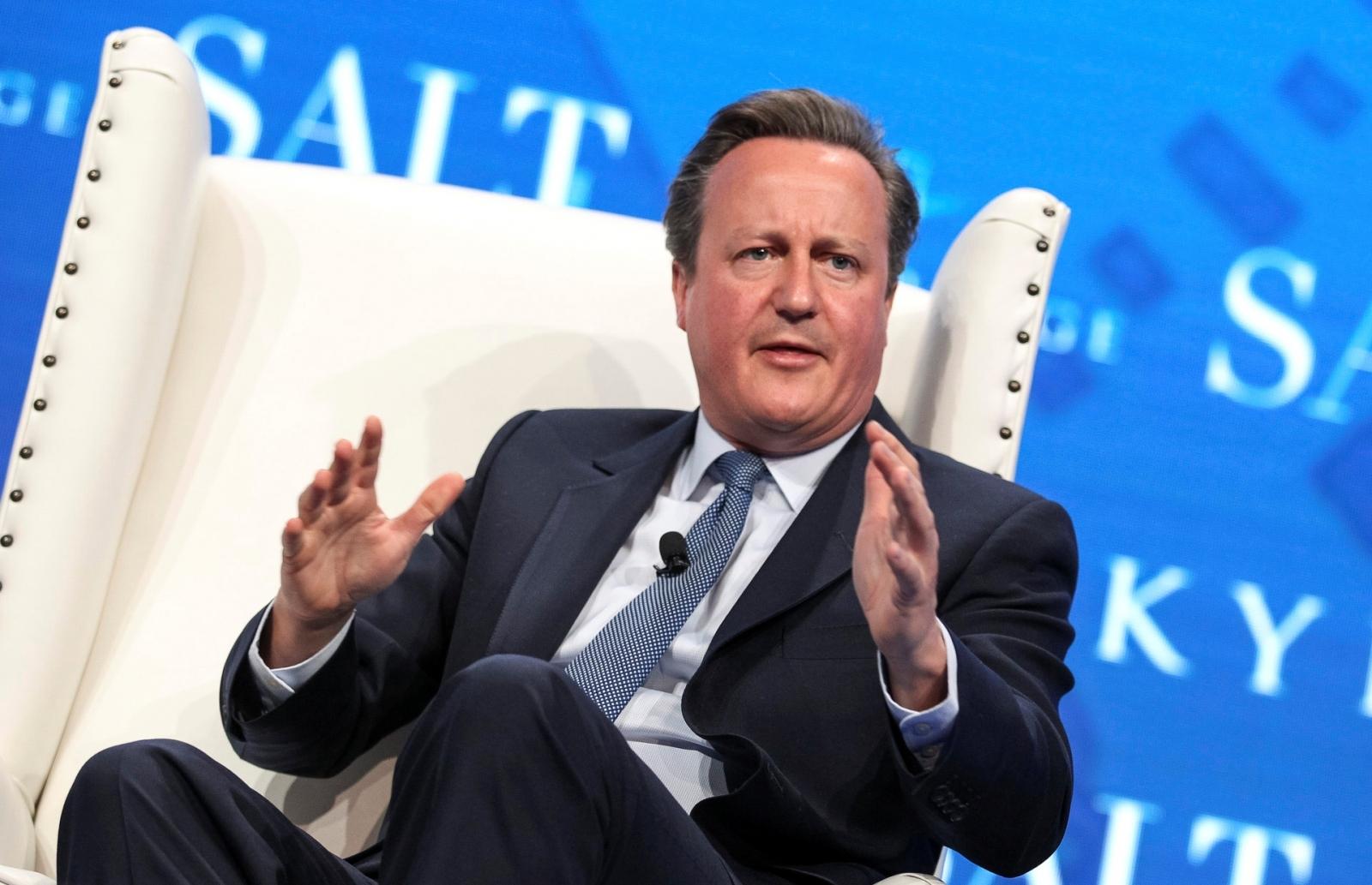David Cameron criticises Donald Trump for 'fake news' attacks on media