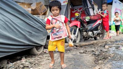 Ted McDonnell Happyland slum Philippines
