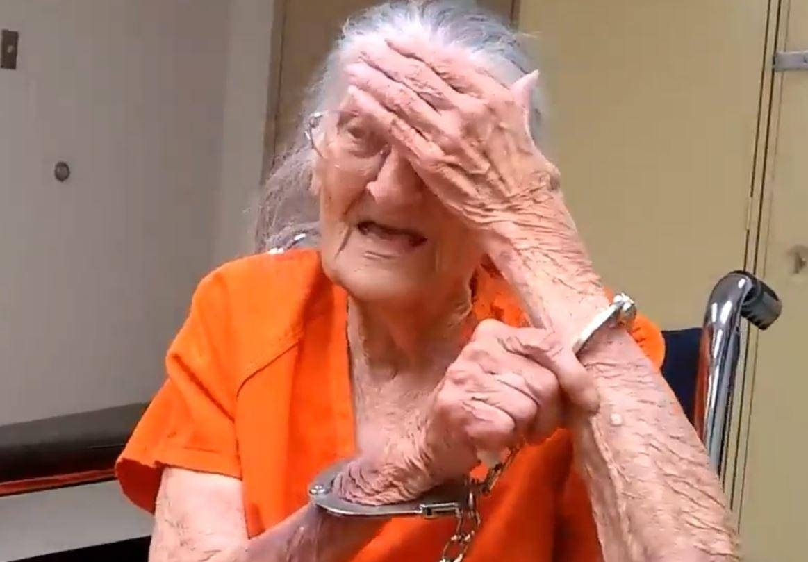 Elderly woman arrested after refusing to be evicted from Florida senior home