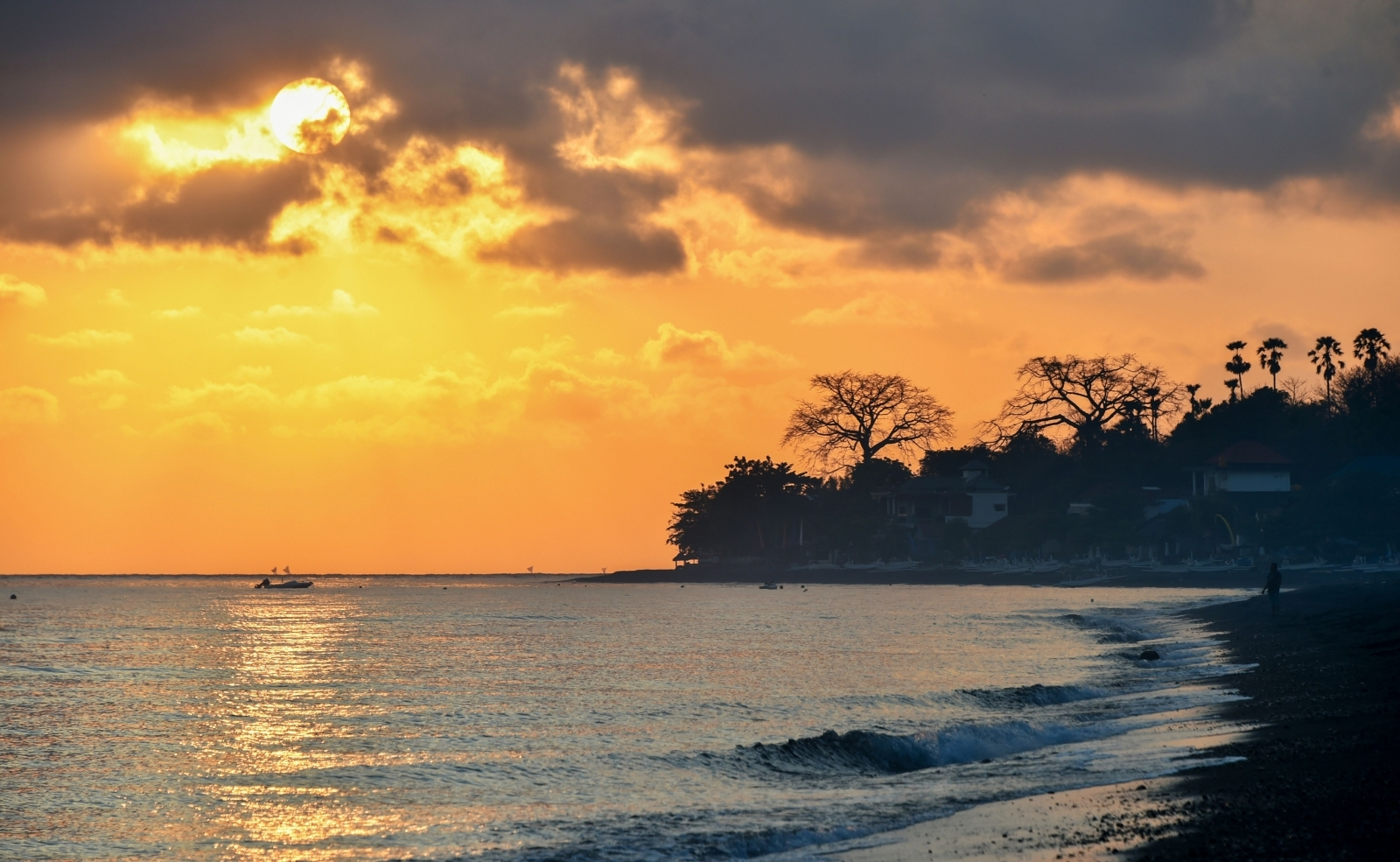 Morning sun in Bali
