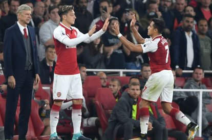 Arsene Wenger, Mesut Ozil and Alexis Sanchez