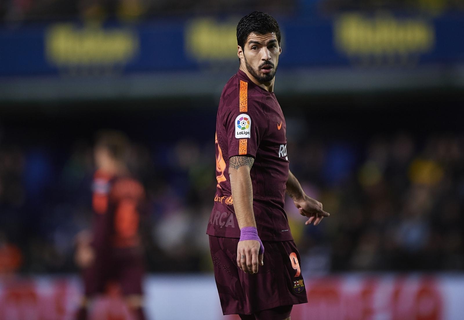 Suarez hails 'elite' Griezmann, Coutinho amid transfer talks