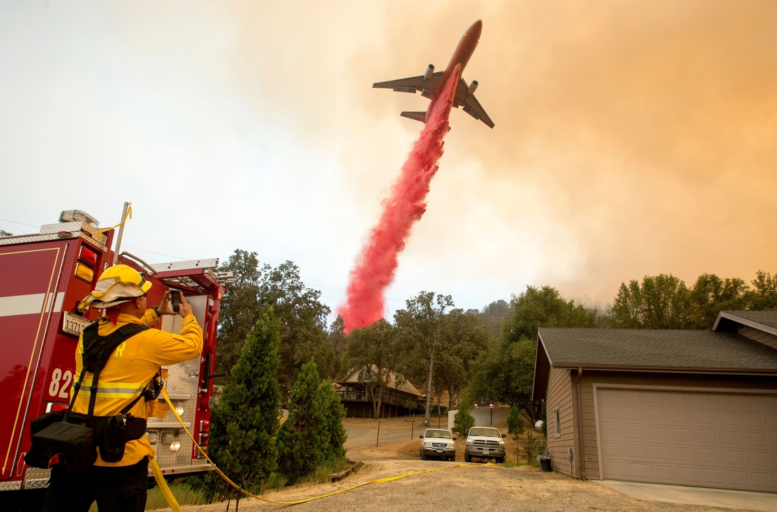 Pictures of the Year 2017 disasters