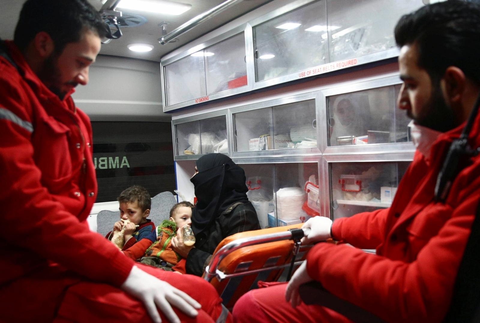 בילד: סיריע ערלויבט פאר קריטישע קראנקע צו פארלאזן באלאגערטע געגענט אין דמשק