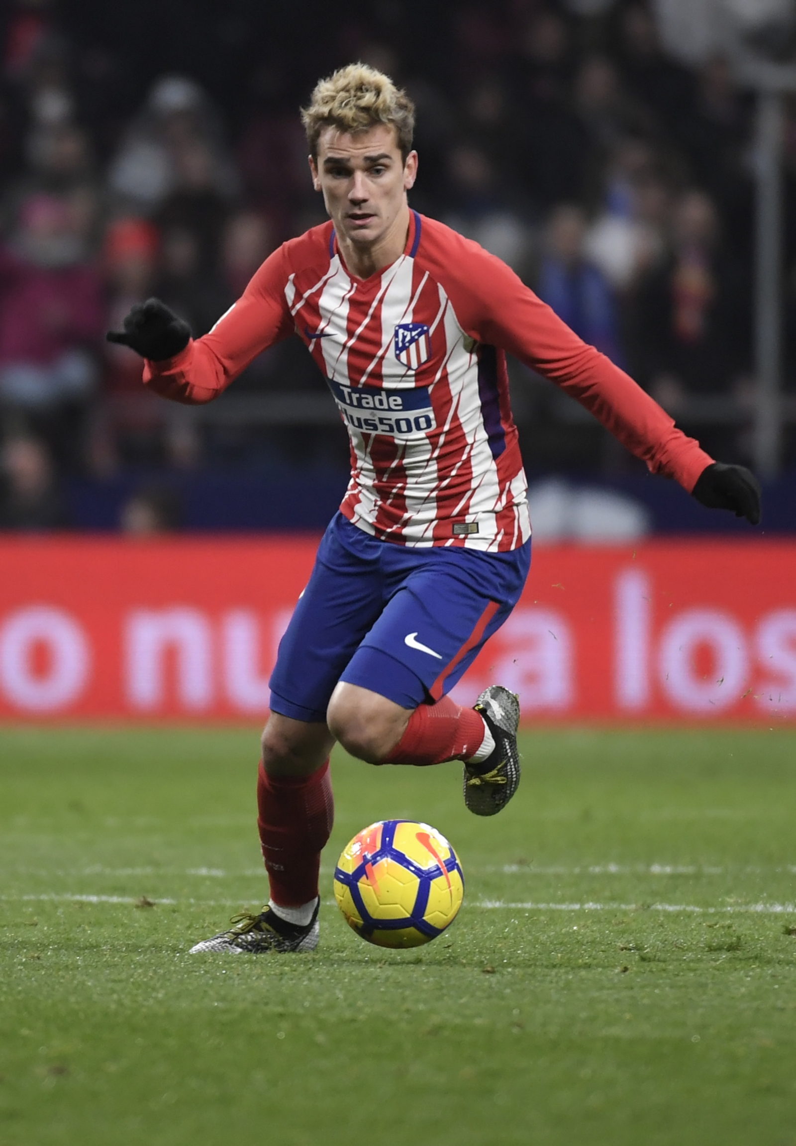 Barcelona identify five solutions to complete moves for - Antoine griezmann ...