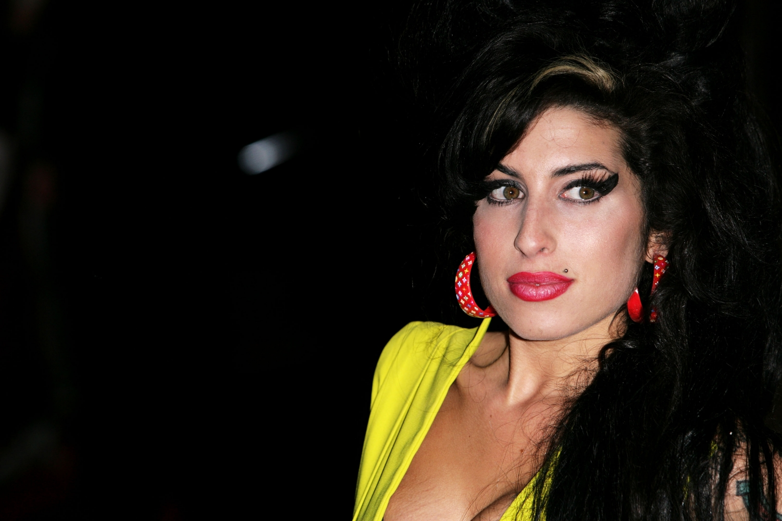 Amy Winehouse Leaked Photos amy winehouse's dad claims late singer's ghost visits him