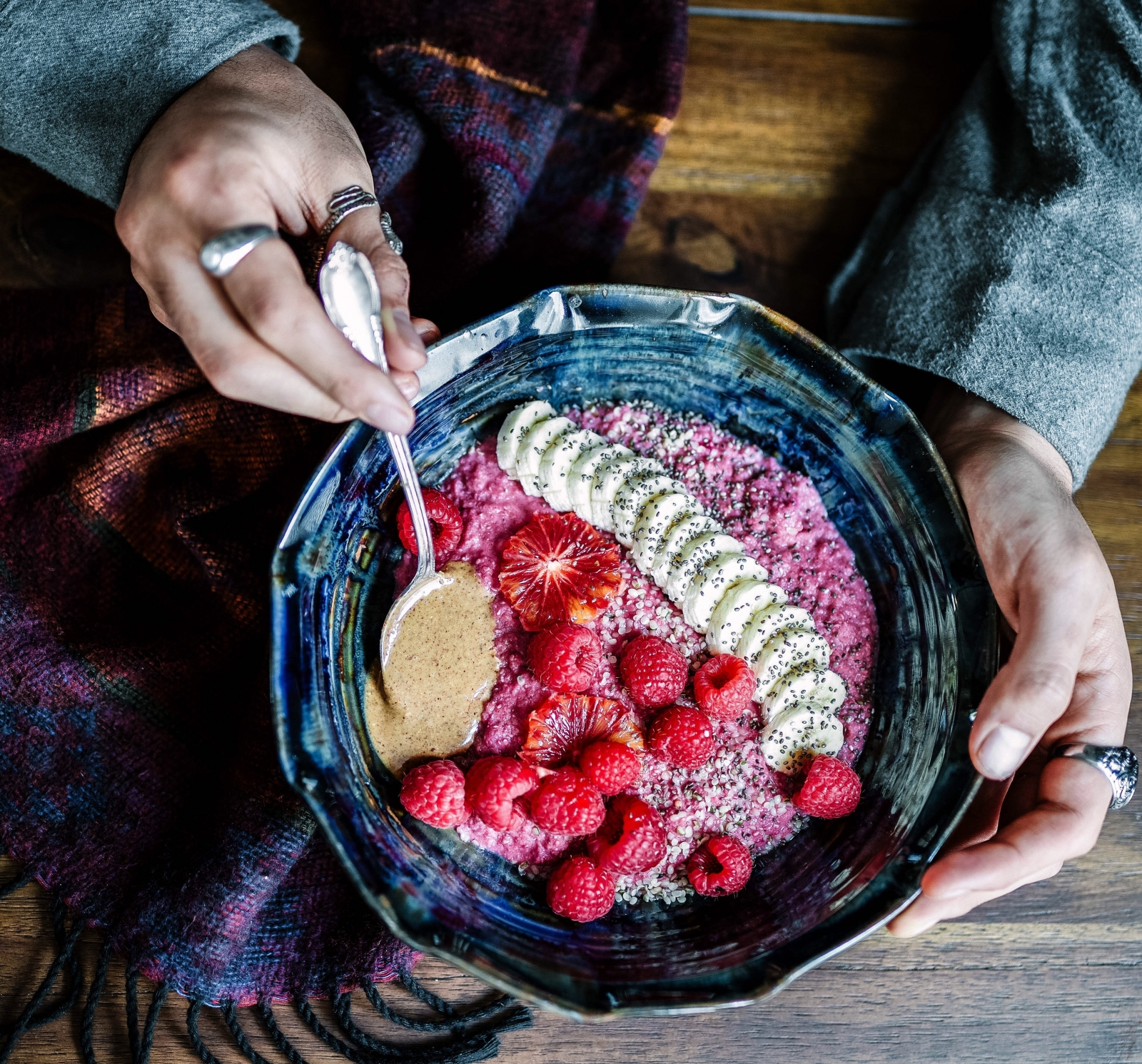 Pink porridge with bananas and raspberries