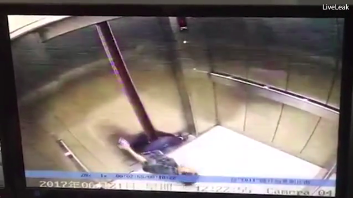 Woman loses leg in lift