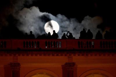 Rome supermoon