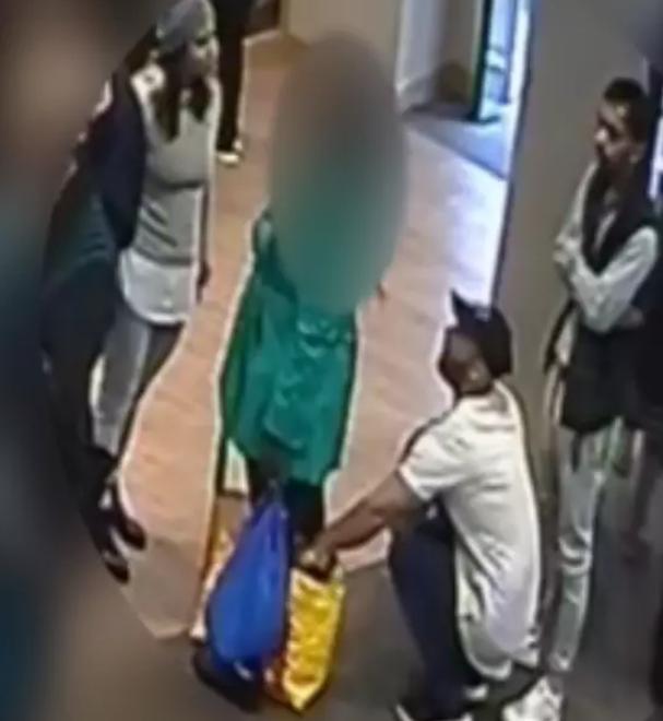 Bank queue distraction theft