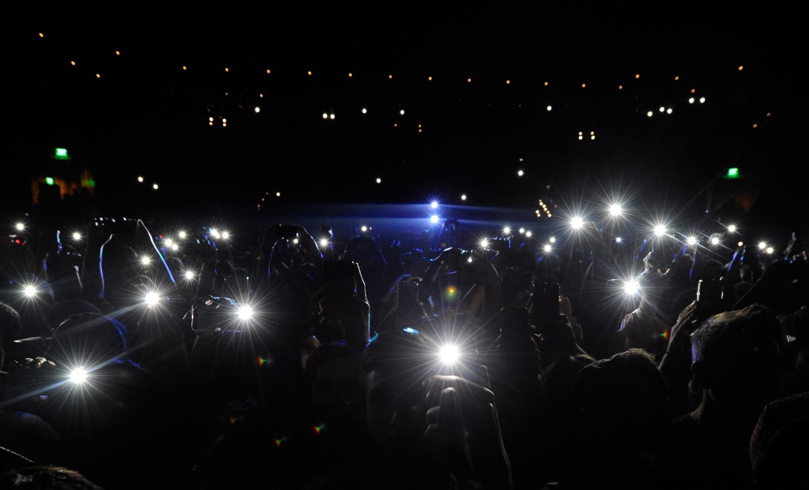phone flashlights