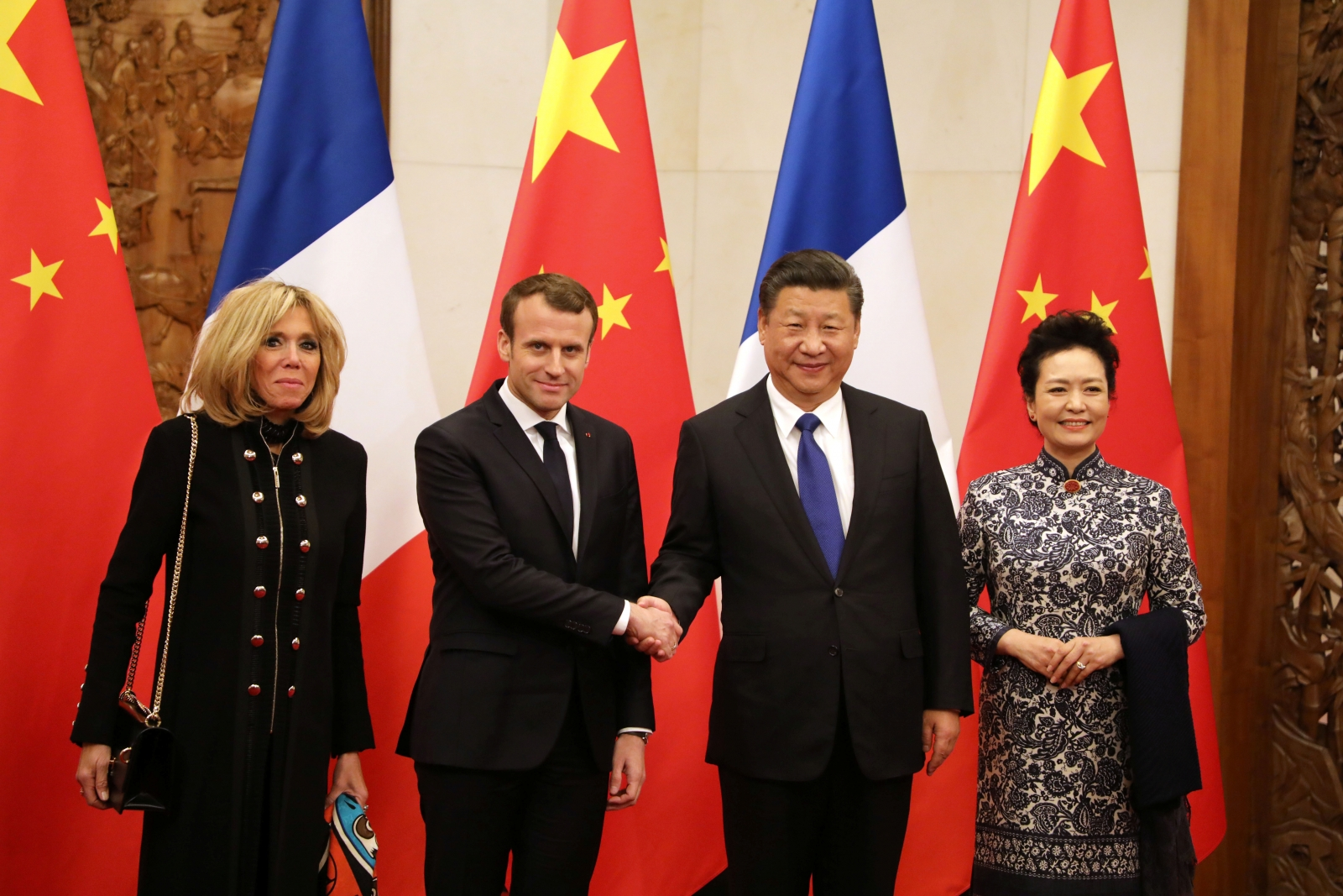 Macron Xi and wives