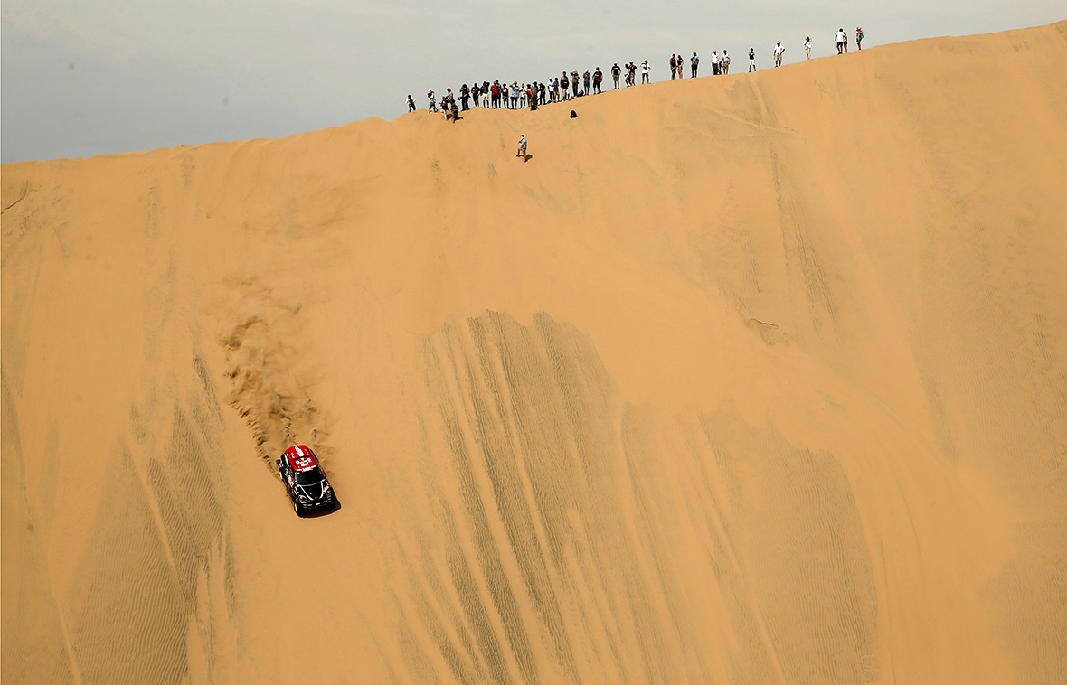 Rallying: Sainz takes Dakar lead as Peterhansel hits trouble
