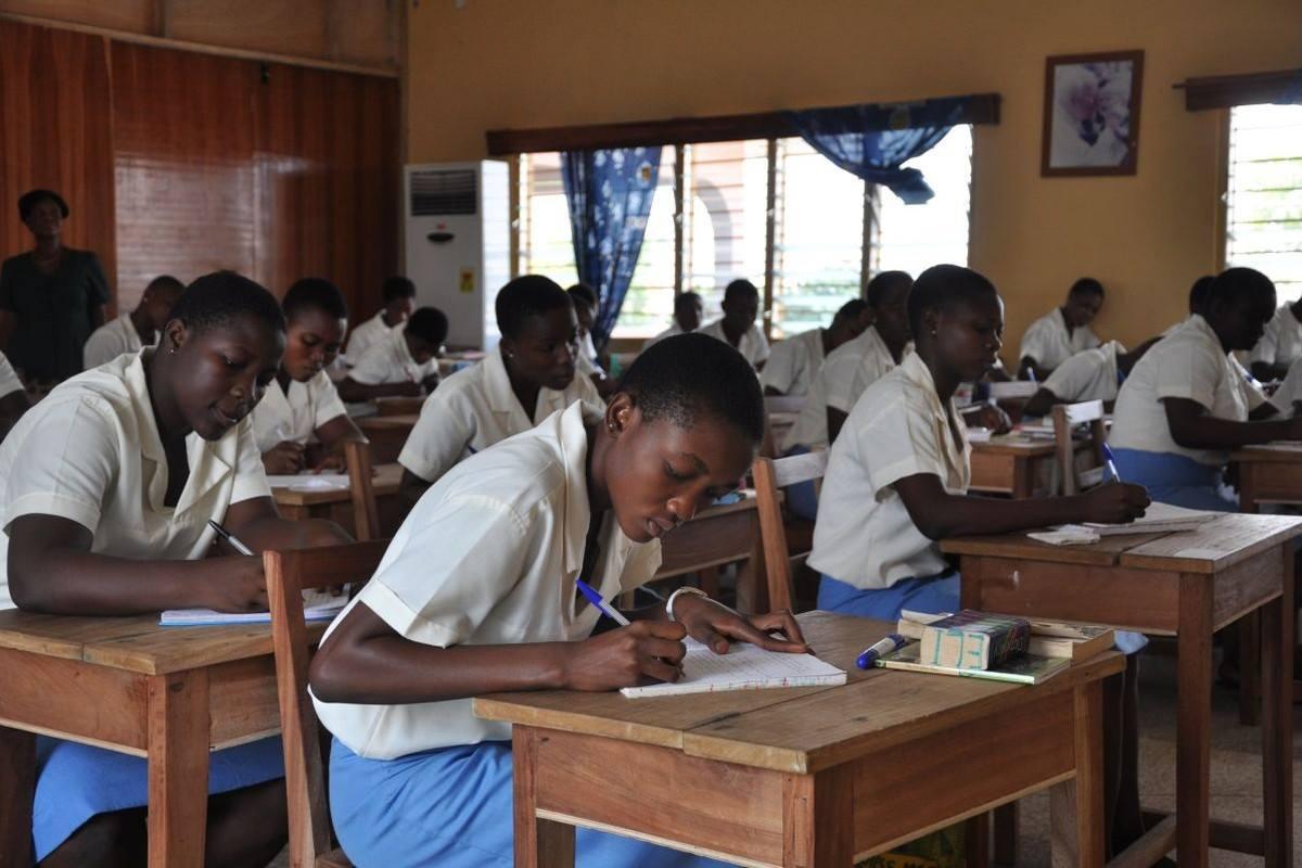 Ghana schoolgirls