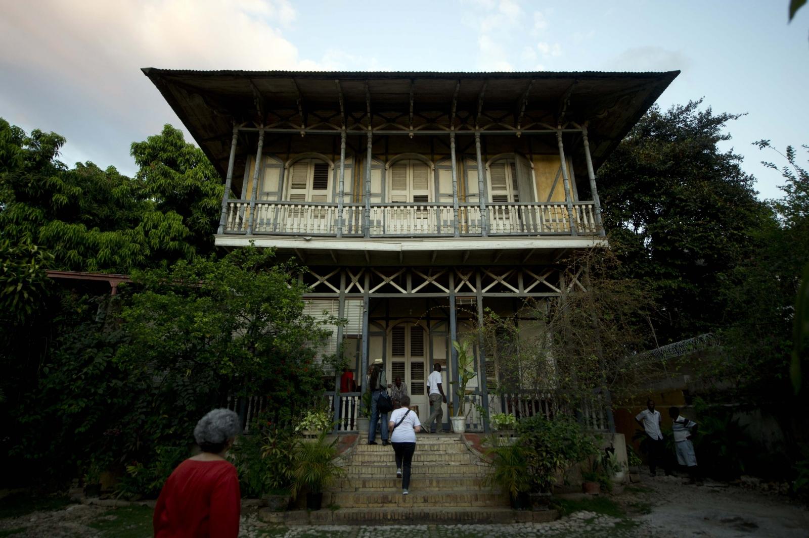 Haitian gingerbread house