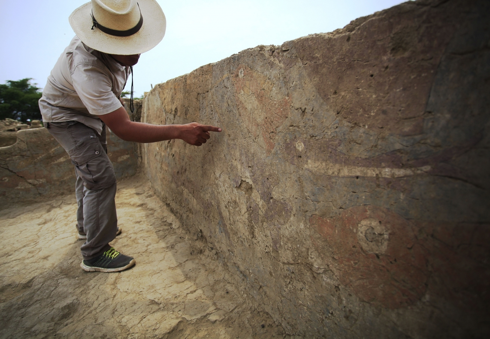 1,500-year-old painted banquet hall offers rare insight into Peru's ancient Moche culture