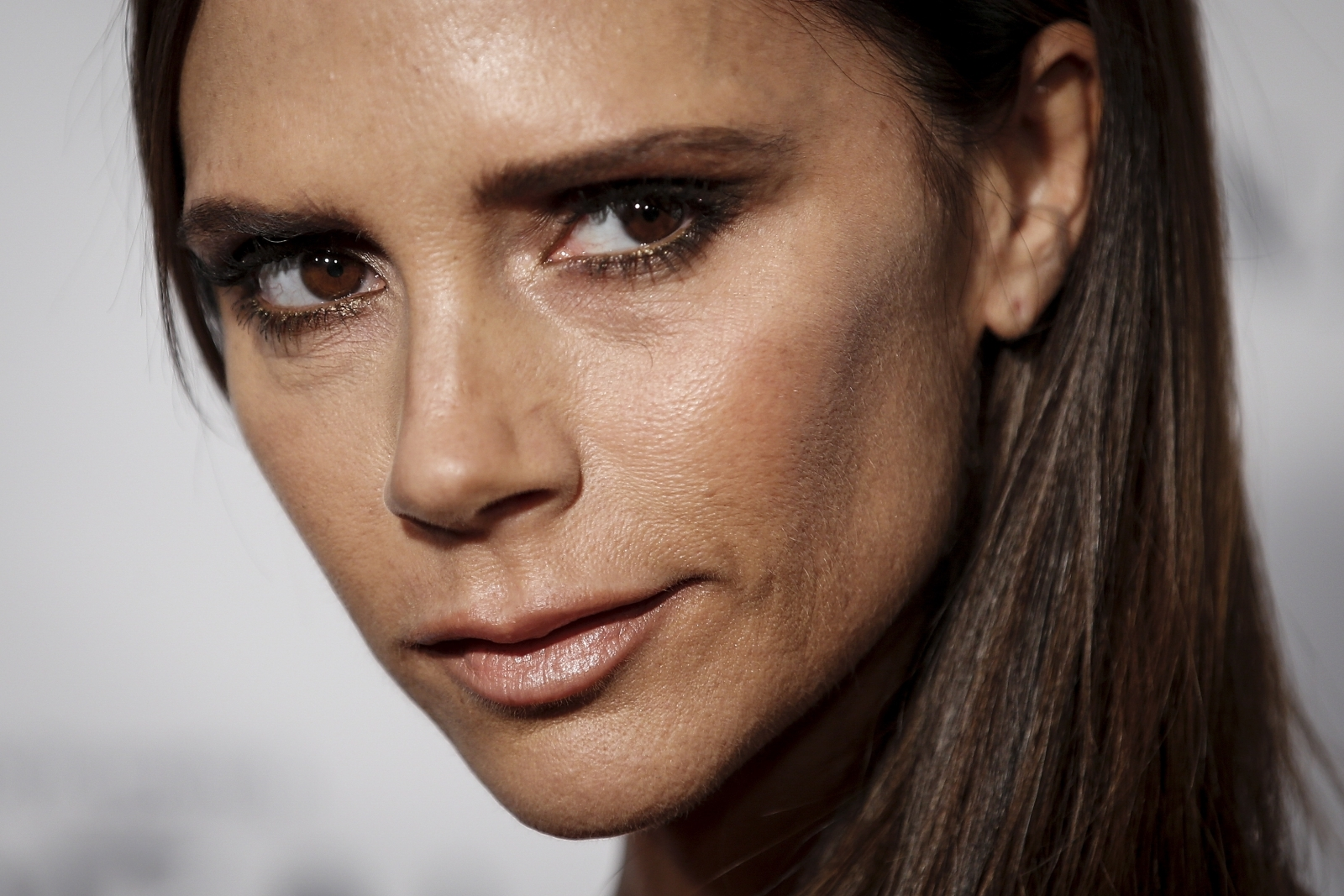 Victoria Beckham faces backlash for using ultra-thin model in new campaign