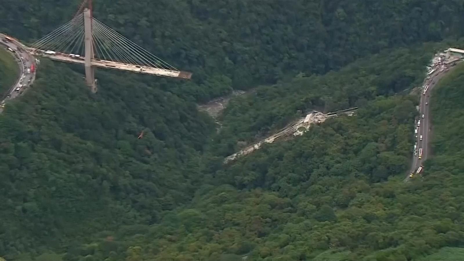 bridge-collapses-killing-at-least-nine