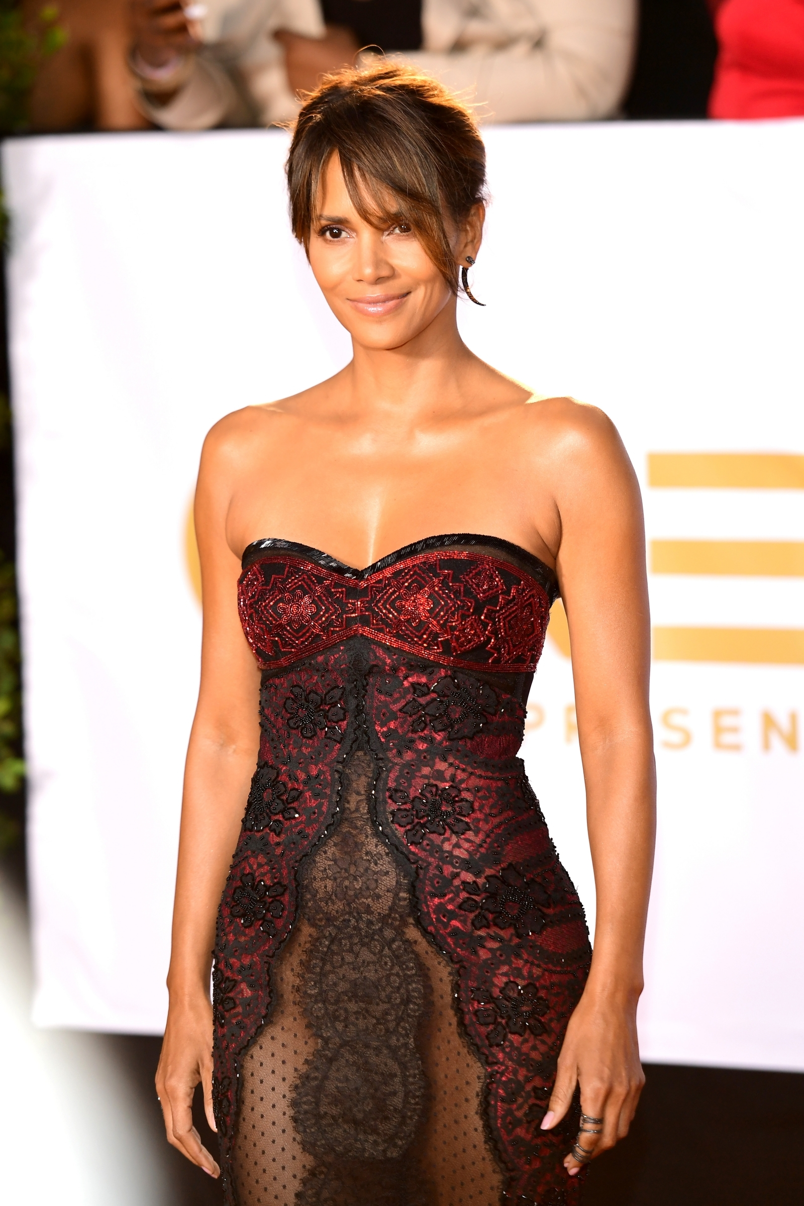 Halle Berry In Risqu 233 See Through Gown Poses For
