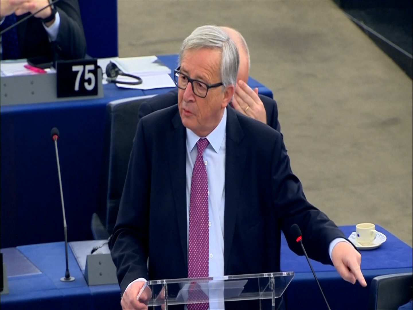 european-commission-president-says-britain-could-rejoin-eu-under-article-49