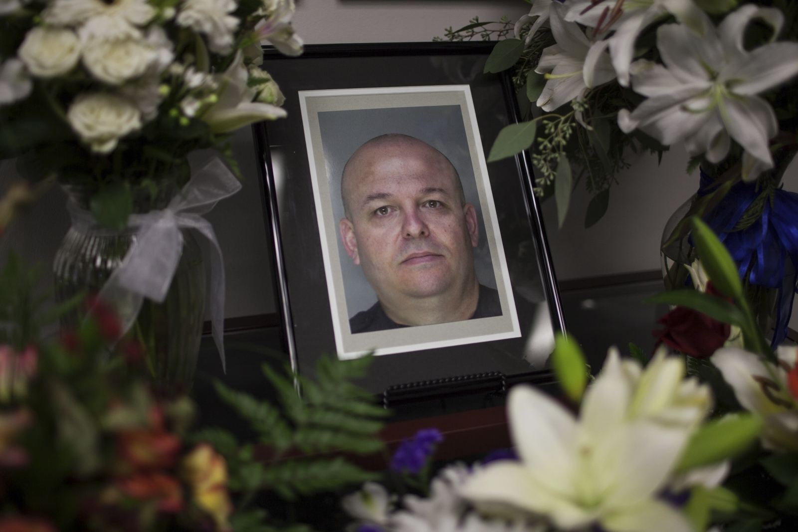 Accused cop killer now on trial