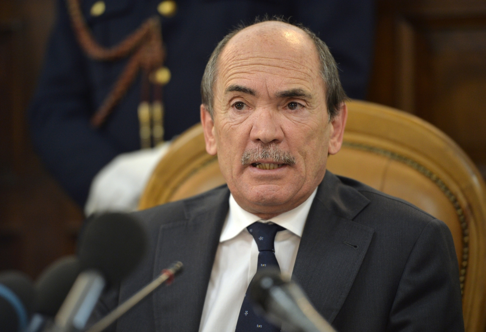 Italy's chief anti-Mafia prosecutor Federico Cafiero de Raho said police had swooped on 33 suspected Chinese gang members involved in gambling, prostitution, drugs and the transport of Chinese goods across Europe