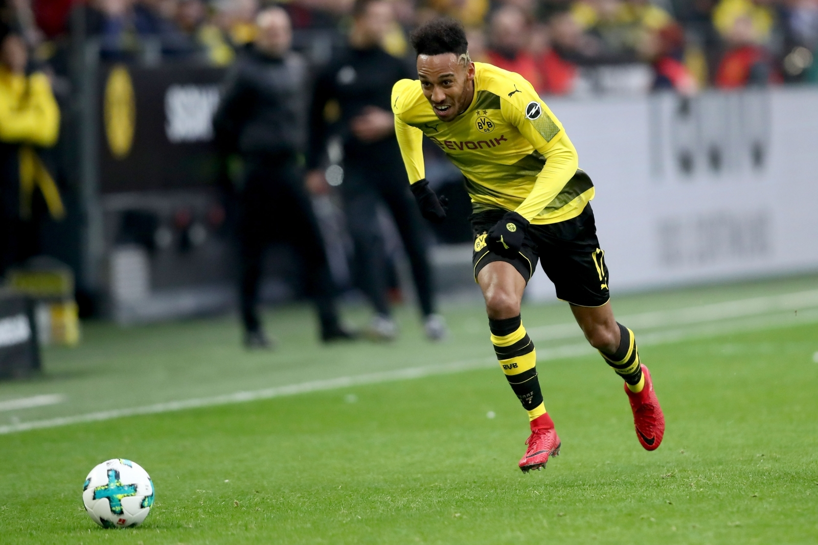 Arsenal transfer news: Ray Parlour urges Gunners to complete Pierre-Emerick Aubameyang signing