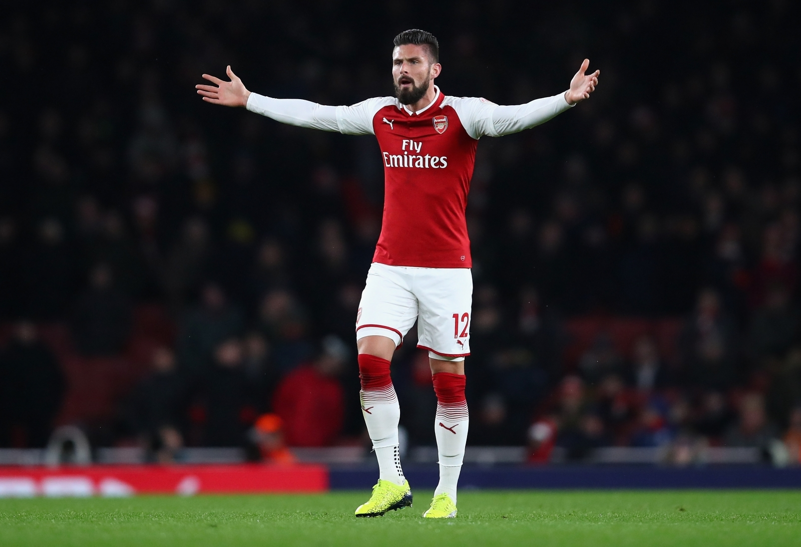 Olivier Giroud is the answer to Chelsea's striker search, says Ray Parlour