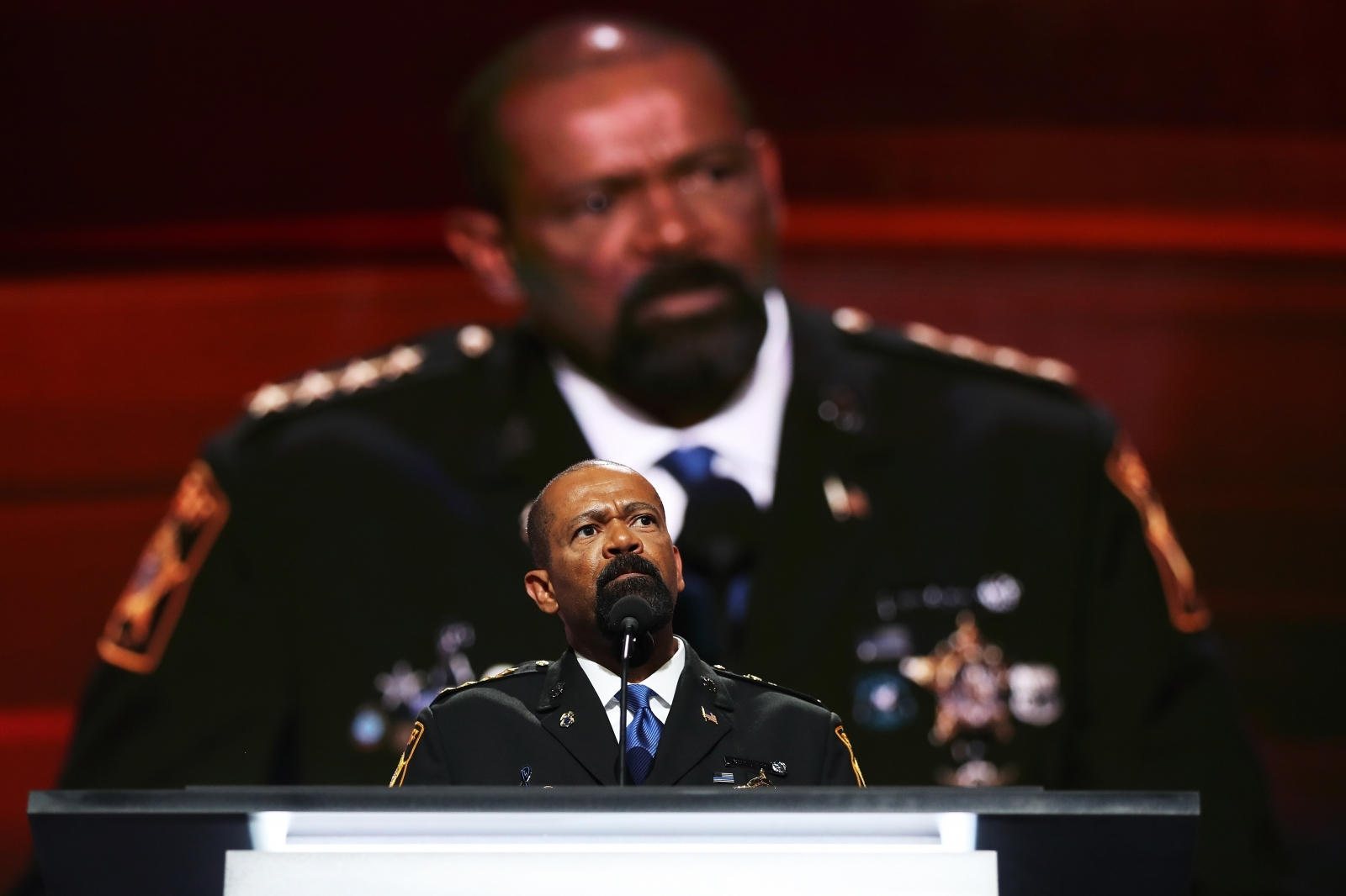 Jury: Ex-Sheriff Clarke did not violate speech
