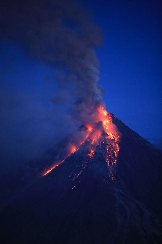 listening for infrasound from roiling lava lakes can help forecast volcanic eruptions. Black Bedroom Furniture Sets. Home Design Ideas