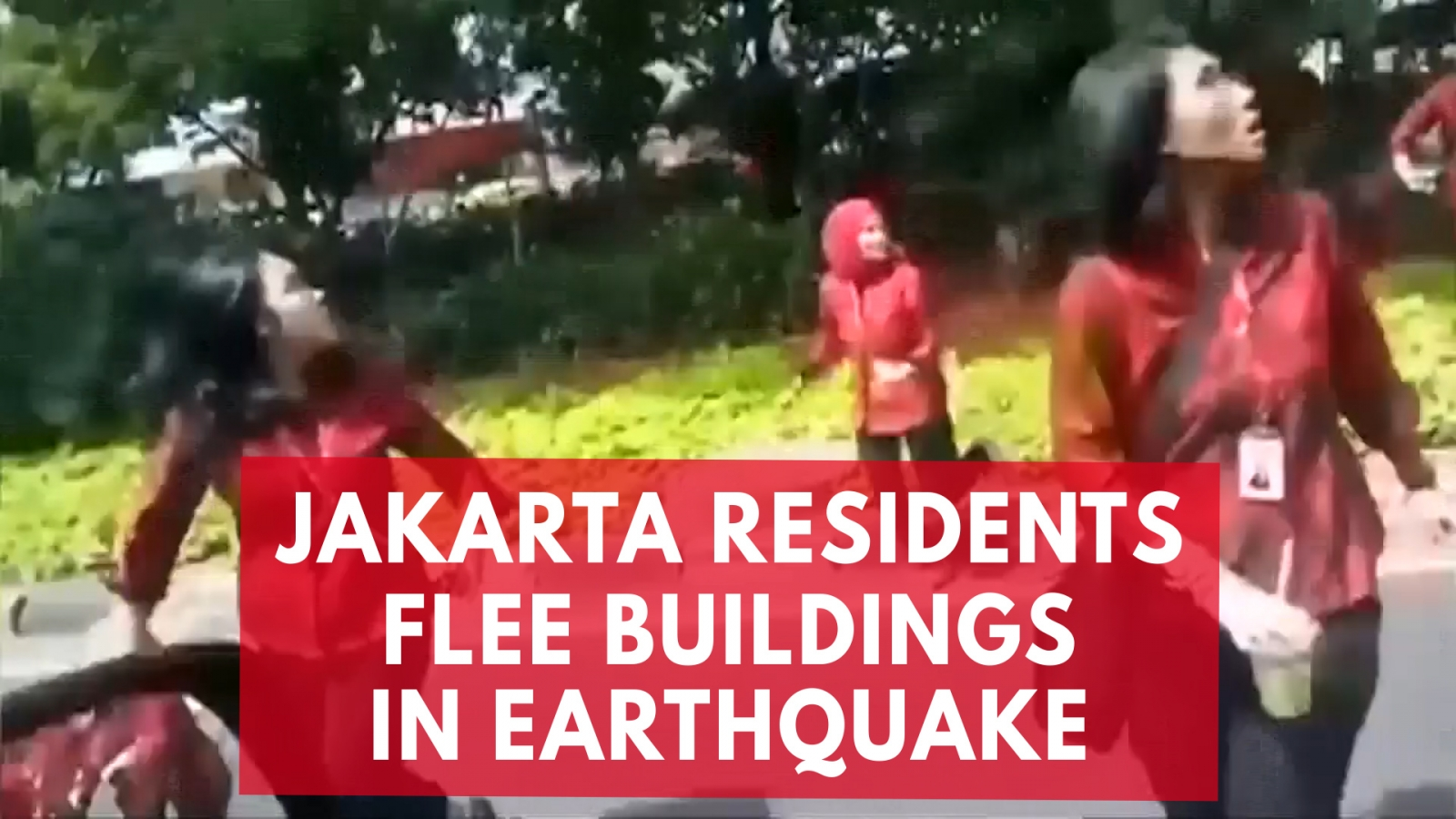 jakarta-residents-flee-high-rise-buildings-during-earthquake