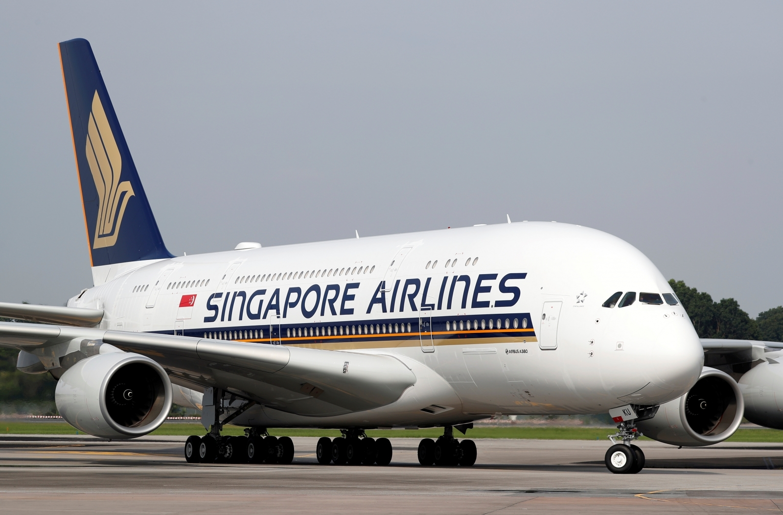 Singapore Airlines steward arrested at Delhi airport for smuggling gold