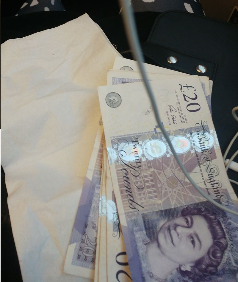 £100 gift on train