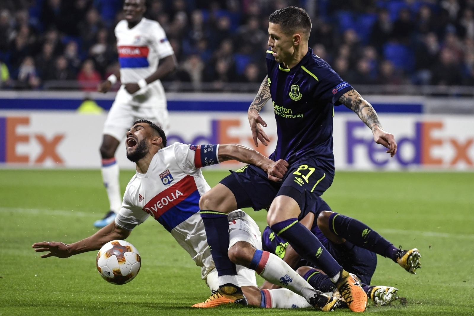 Middlesbrough Enter Talks With Everton Over Late Loan