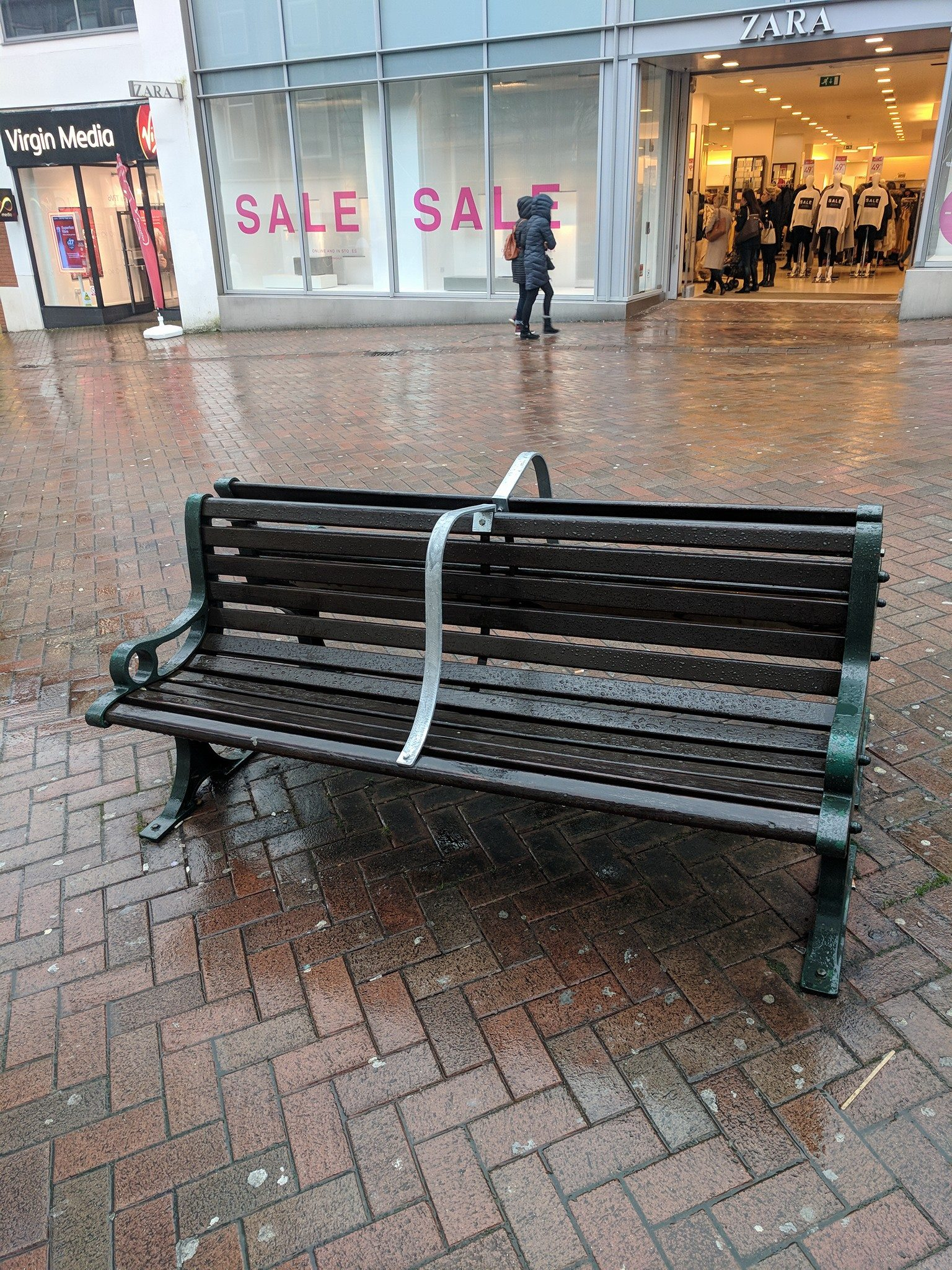 Anti-homeless bench