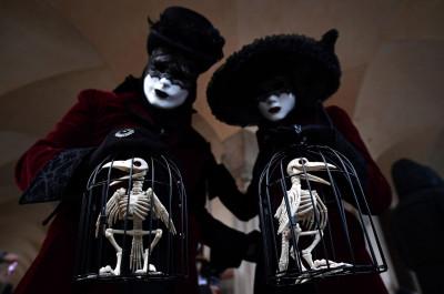Venice Carnival 2018 best costumes