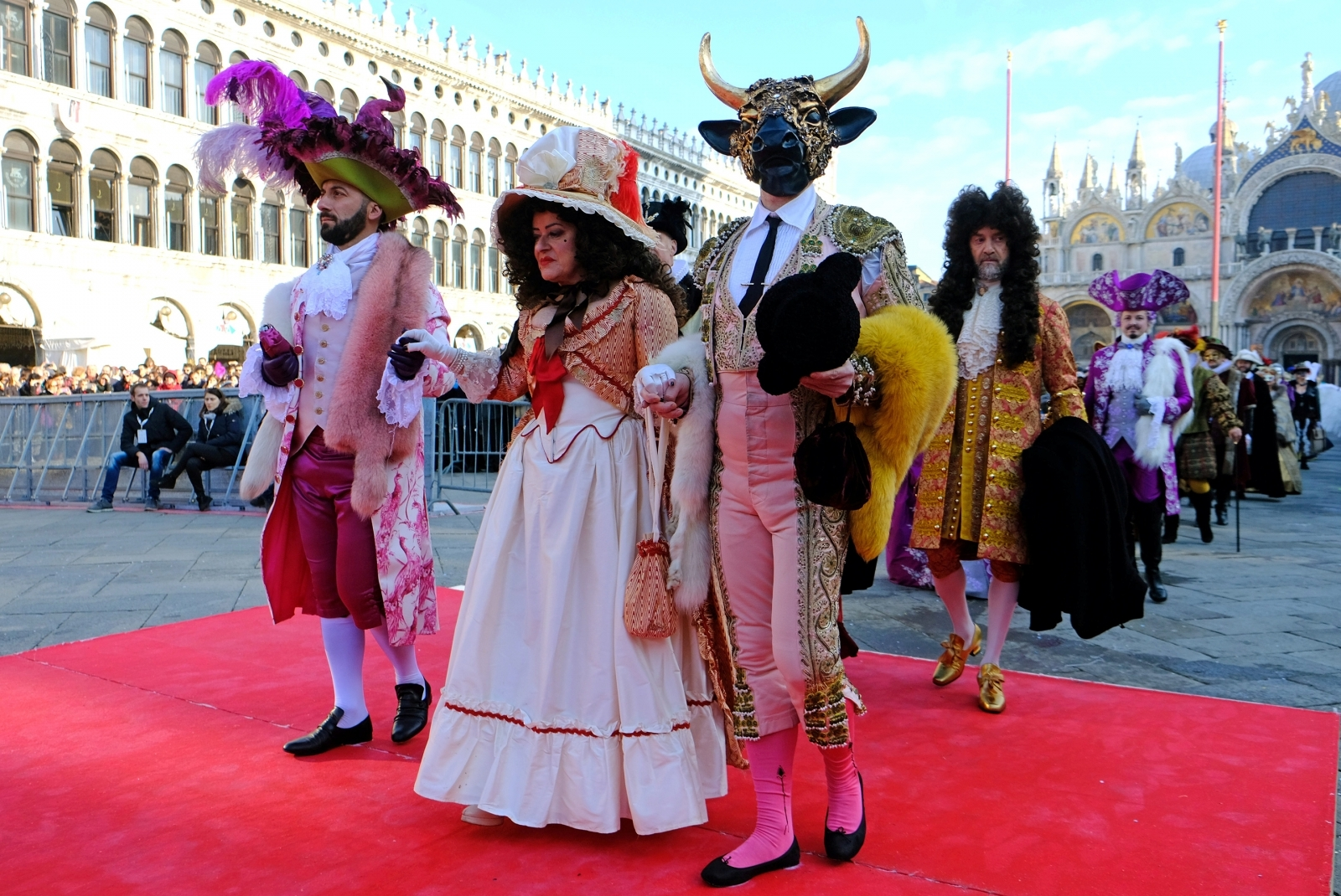 Awakening/Getty Images Venice Carnival 2018 best costumes  sc 1 st  IBTimes UK & Venice Carnival 2018 photos: Best costumes and masks at this yearu0027s ...