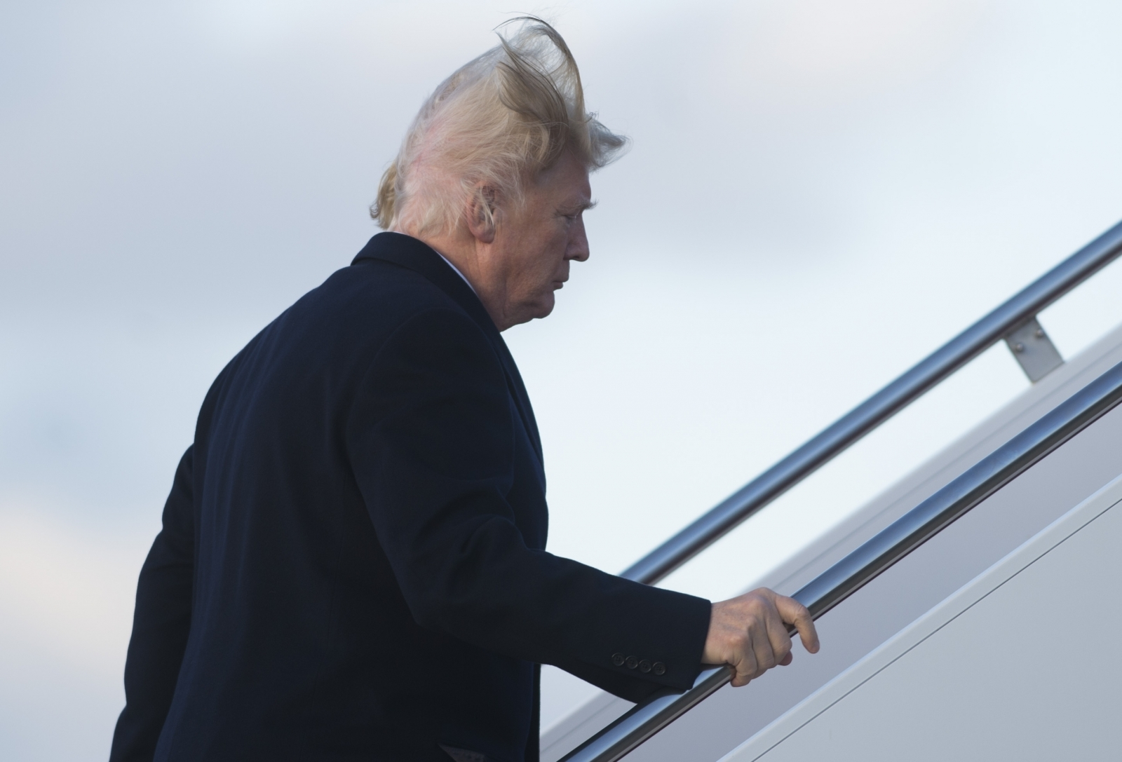 Wind Gave Trump Ultimate Bad Hair Day Now Internet Having Field Day 1659413 on Windy Days Clipart