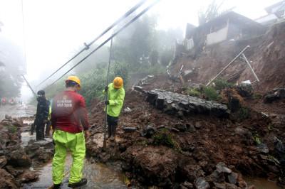 Indonesia floods landslides