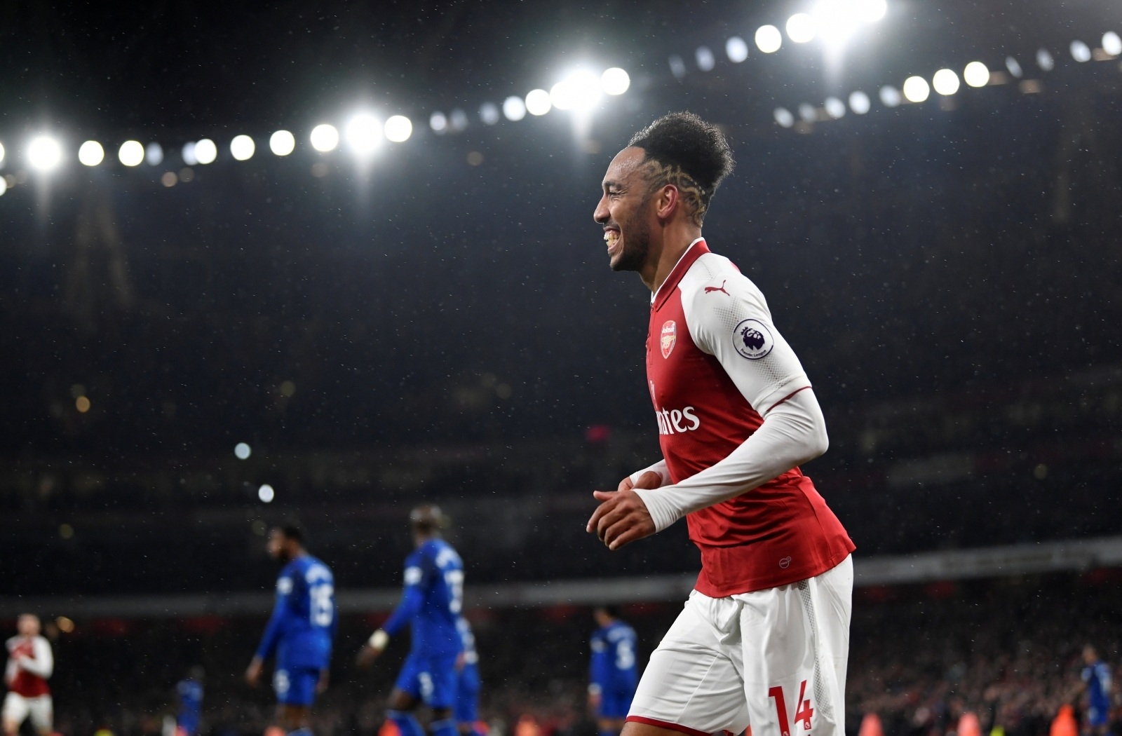 Wenger Confirms Double Boost But Key Man Could Miss Tottenham Game