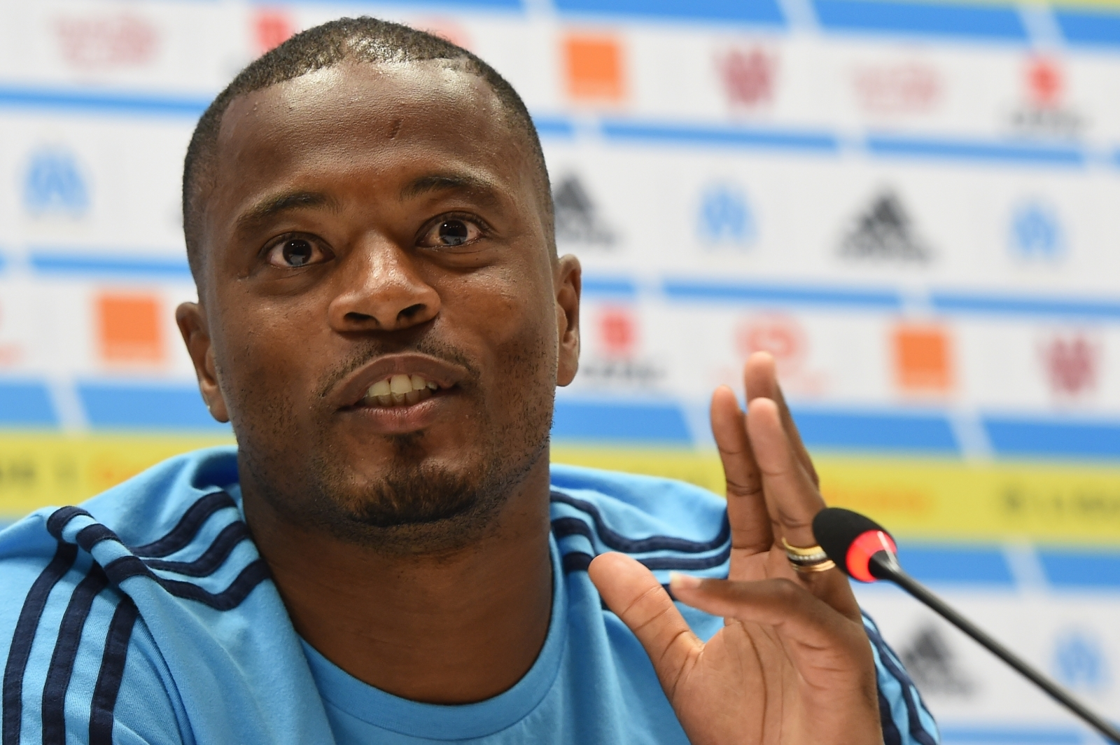 Former Manchester United star Patrice Evra joins Hammers on free transfer