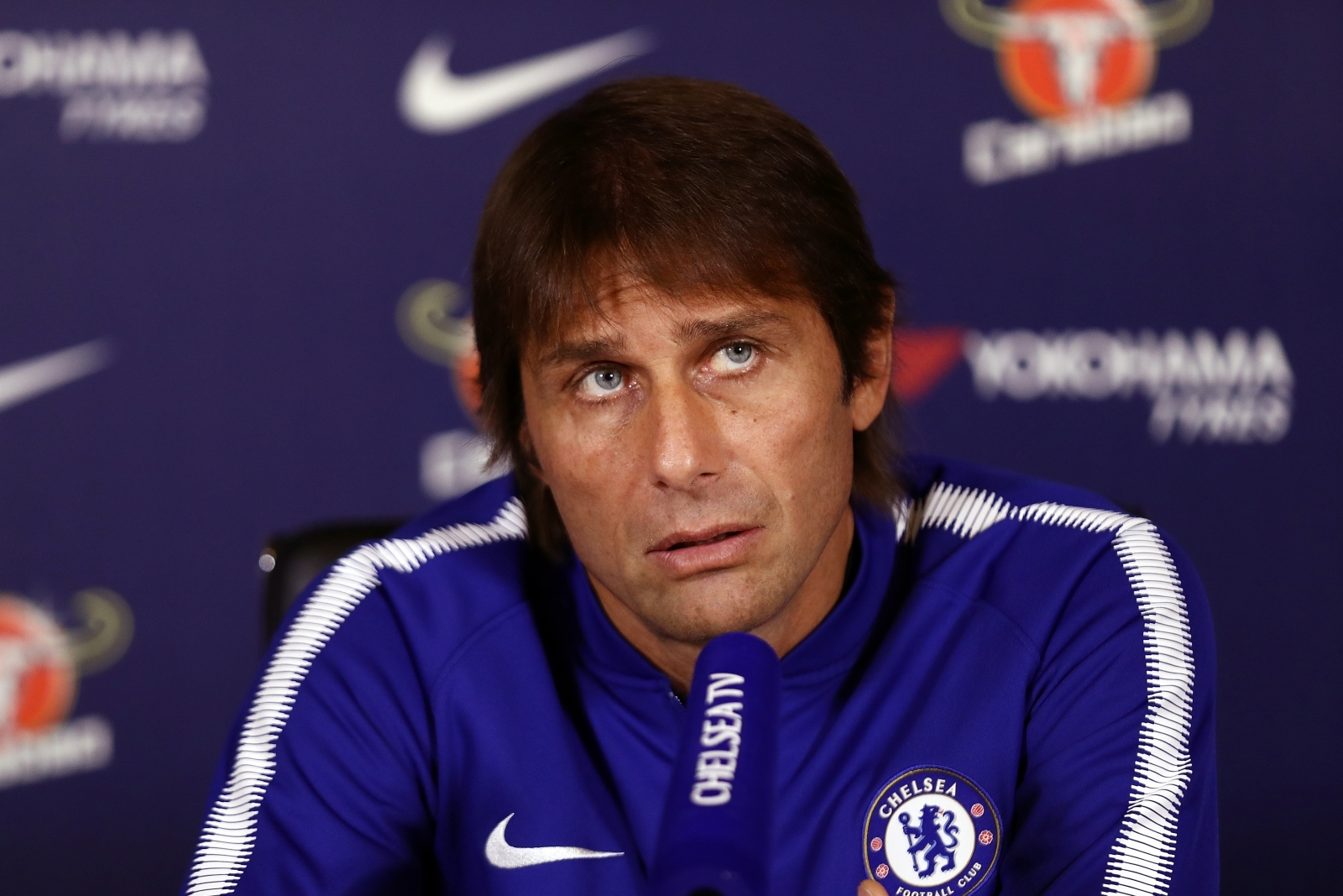 Conte puts ball in Chelsea's court
