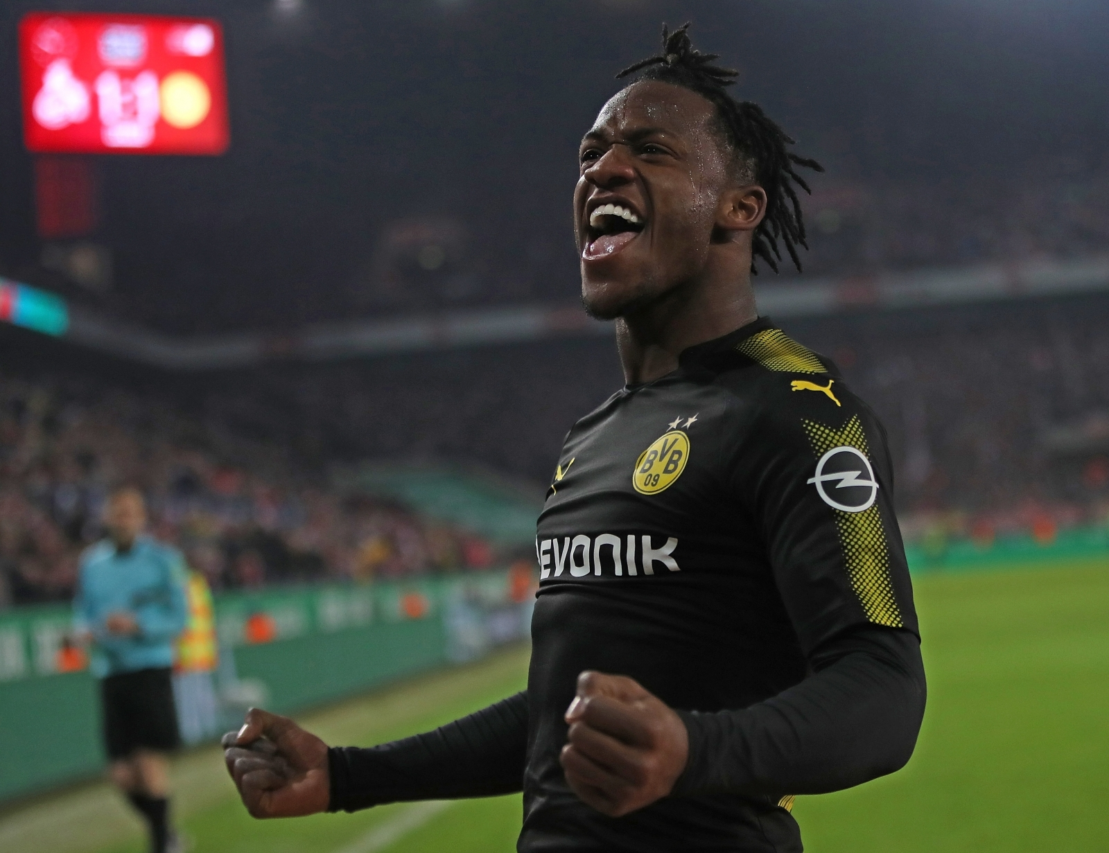 Borussia Dortmund Reportedly Eyeing Permanent Michy Batshuayi Deal in the Summer