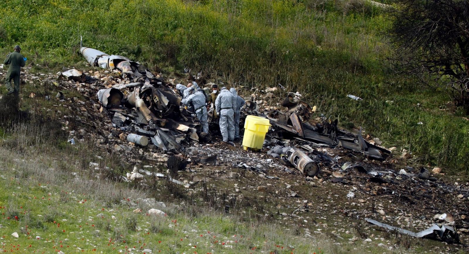 Crashed Israeli F-16 warplane in northern Israel