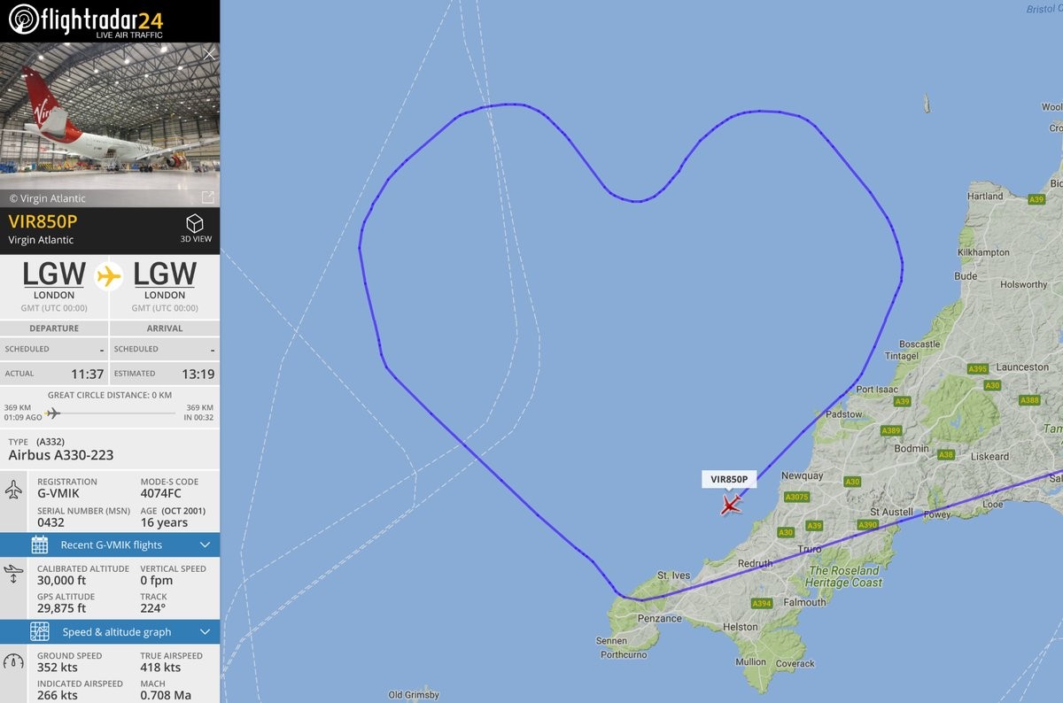 Heavenly Sweet: Plane Draws a Giant Heart to Celebrate Valentine's Day